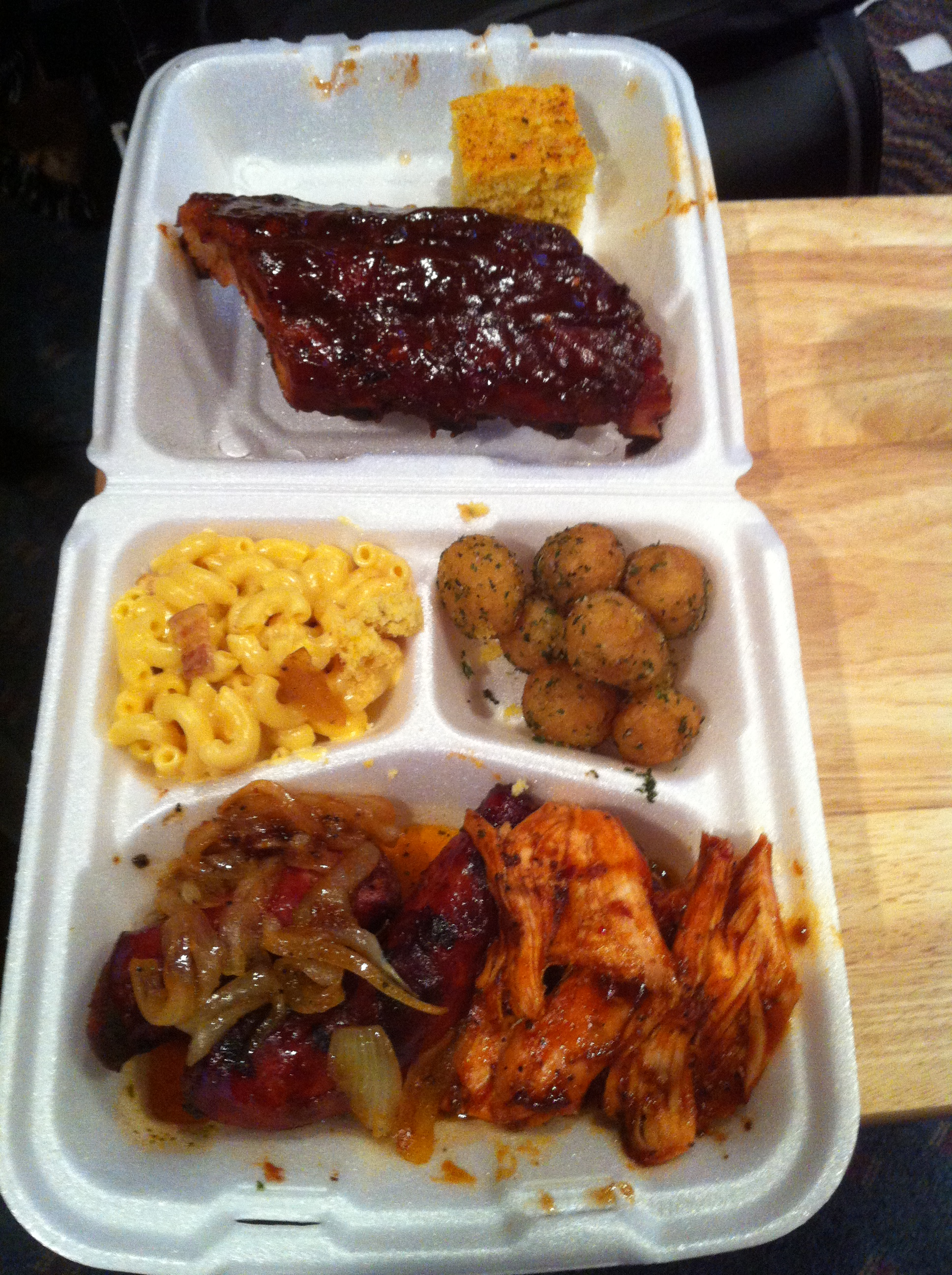 Man Cave Meals : Man cave qb food review totally driven entertainment
