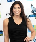 hope-solo-2012-do-something-awards-03