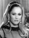 ursula-andress-05