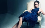 natalie_portman_sexy_blue_skirt_1920x1200