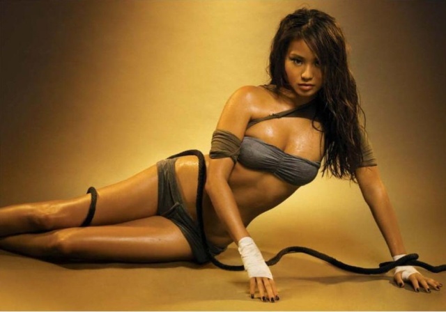 jamie_chung_maxim_april_09_QhGtQzz.sized