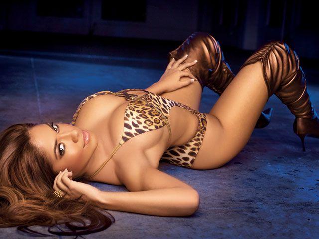 1jessica_burciaga+leopard_bikini